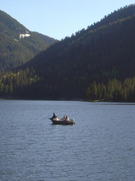 boat-on-lake